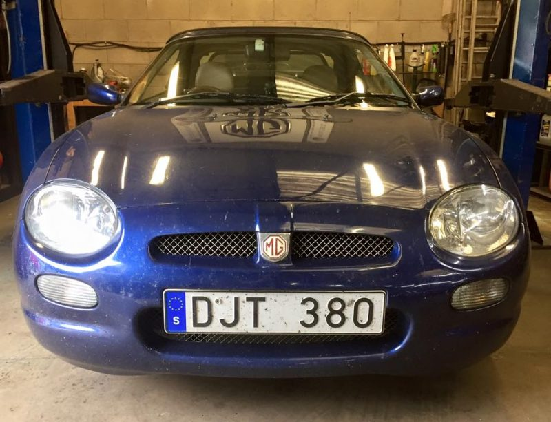Mr B 2001 MGF from Sweden at MGFnTFBITZ Glossop