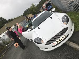 Aston DB9
