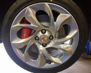 MG TF twist of pepper wheels powder coated shadow chrome with silver sparkle at MGFnTFBITZ