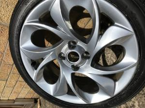 shadow chrome with silver sparke refurb twist of pepper MG TF wheels at MGFnTFBITZ in the sun
