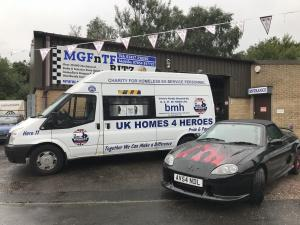 9.Topless Around The Peak District Charity Run 2018 at MGFnTFBITZ UK Homes 4 Heroes Van and Ruth Evans amazing bonnet in honour of the event